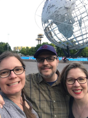 Susanna, Leonard and Rachel in front of the Unisphere